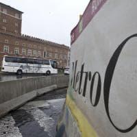 Roma, subappalti metro C: arrestati due imprenditori per bancarotta