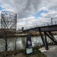 Roma, quel parco sul fiume con vista sulle vecchie industrie