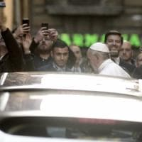 Roma, Papa Francesco in visita alla chiesa anglicana All Saints