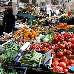 """Roma, mercati: """"Noi a Prati non molliamo però è dura tra abusivivi e grande distribuzione"""""""