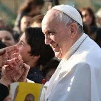 Roma, il Papa a Ottavia: