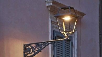 """Centro, Gassmann contro le nuove luci led  """"Sono fredde""""   Partecipa al sondaggio"""