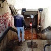 Roma, corso Italia, i vigili sgomberano il sottopasso