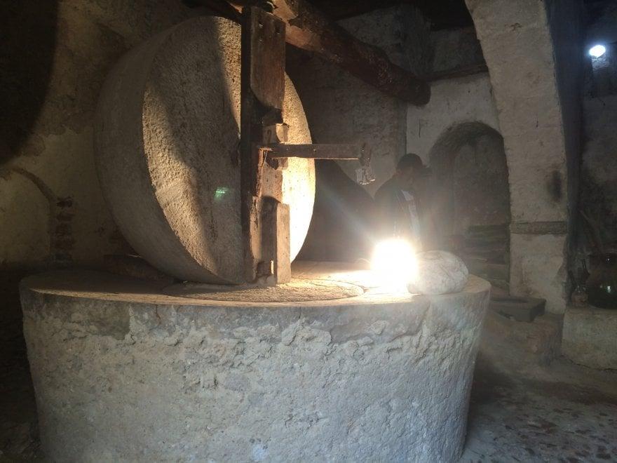 San Giuseppe, a Itri tornano i tradizionali fuochi con visita all'antico frantoio di Palazzo La Rocca