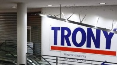 """Bancarotta Edom, società titolare Trony  tre arresti. """"Spariti 9 milioni di euro"""""""