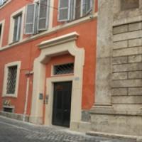 Roma, tenta di estorcere denaro a due strutture religiose gestite da suore