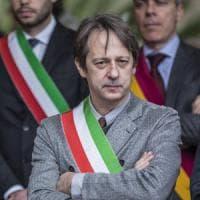 """Roma, Raggi diserta Fosse Ardeatine. Opposizioni: """"Mai successo, nemmeno con Alemanno""""...."""