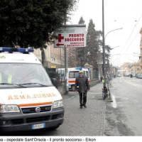 Roma, ambulanza investe due ragazzine a San Giovanni