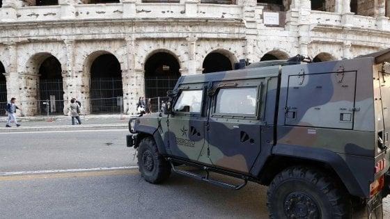 Anniversario Trattati di Roma, città blindata. Foglio di via per sette militanti dei centri sociali