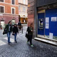 Roma, e in centro spuntano i bancomat nei bar
