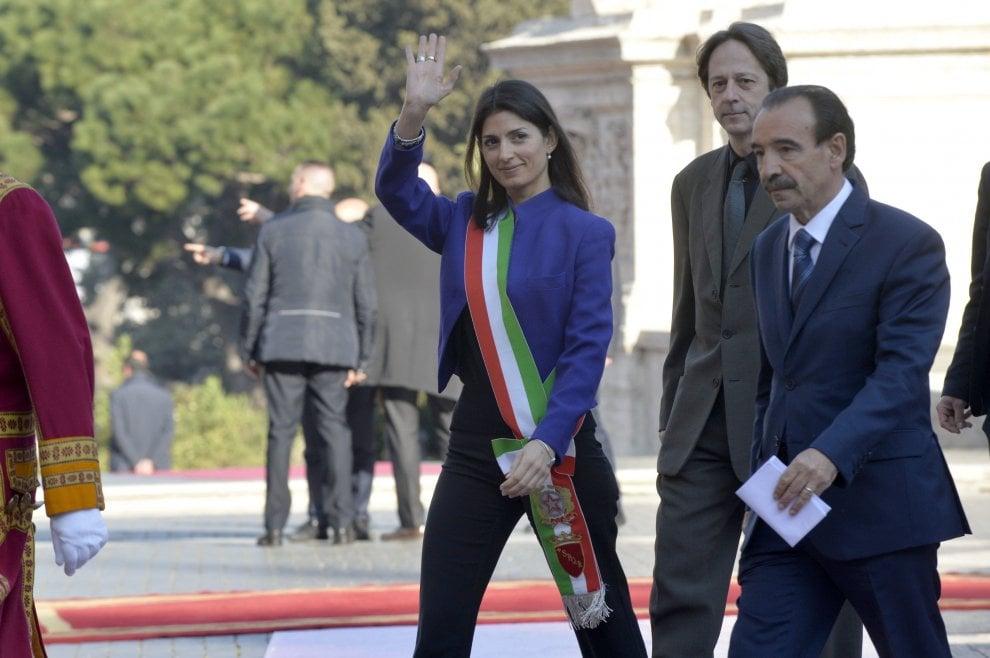 Virginia Raggi padrona di casa alla cerimonia dell'anniversario dei Trattati di Roma