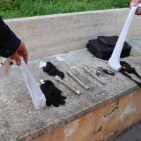 Trattati di Roma, chiavi inglesi, spranghe, elmetti e scudi ecco i materiali sequestrati dalla Digos