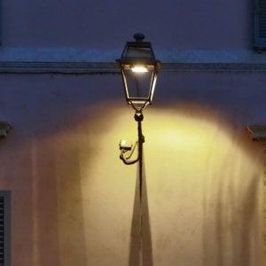 Roma intellettuali e associazioni contro le luci al led for Luci al led