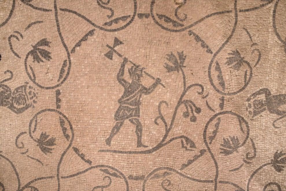 Sepolcreti e mosaici: a Roma apre il sito archeologico del Drugstore Portuense