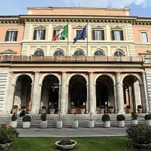 Roma, Umberto I: anticendio nel mirino di Cantone