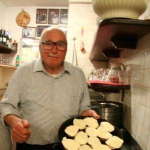 Roma, addio a Baffetto: l'Idolo della pizza al Governo Vecchio