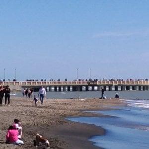 Roma, concessioni scadute ed erosione della costa: da Ostia a Fregene le spiagge a rischio