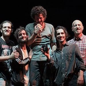 Al Teatro Vascello, i lanciatori di sassi dal cavalcavia