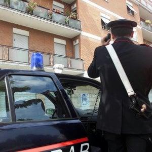 Roma, scippa cellulare a anziano invalido: bloccato da cc fuori servizio