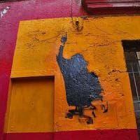 Roma, Monti: il murales di Totti imbrattato dopo la ripulitura
