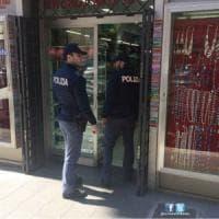 Roma, sequestrati all'Esquilino trenta chili di gioielli importati illegalmente
