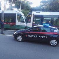 Roma, scontro tra due tram in via Labicana: un ferito lieve
