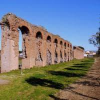 Appia Antica, trovati i resti dell'acquedotto ostruito durante l'assedio.