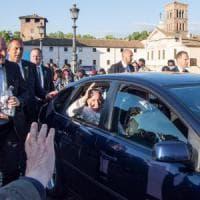 Roma, papa incontra profughi e vittime tratta a San Bartolomeo all'Isola