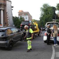 Roma, controlli a piazza Euclide: multate 40 mini car