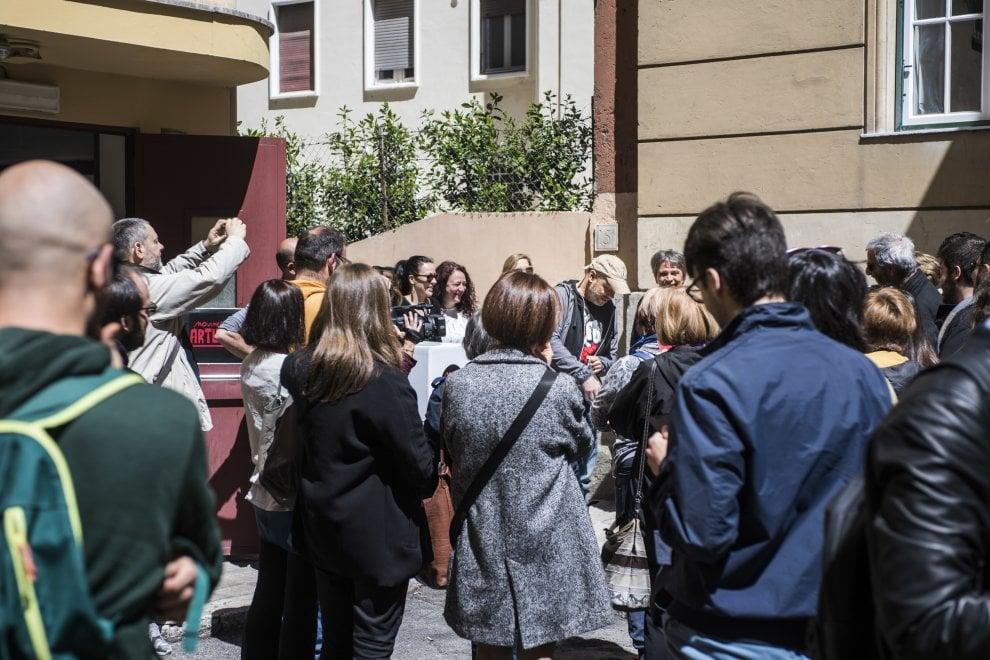 """Roma, Gazebo lancia le di primarie fake di """"Arturo"""". Il seggio a Prati"""