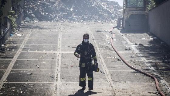 """Rogo Pomezia, sequestrata la EcoX. L'ipotesi della procura: """"Disastro ambientale"""""""