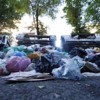 Roma tra i rifiuti, piano in extremis: più carichi in Austria e impianti aperti h24