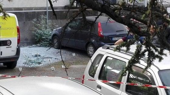"""Roma, esplosione in strada in via Marmorata vicino ufficio postale. """"Atto dimostrativo, non per offendere"""""""
