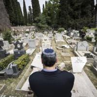 Roma, raid al Verano: denunciati 4 minori. Hanno 13 e 14 anni