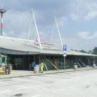 Roma, scontro tra tifoserie in area di servizio a Anagni: feriti sette bianconeri
