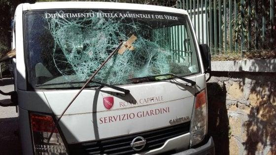 Roma,Raggi: esposto in Procura su atti vandali Servizio giardini