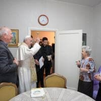 Roma, il Papa va a Ostia per benedire le case dei fedeli