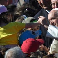 Papa, bagno di folla ad Acilia: