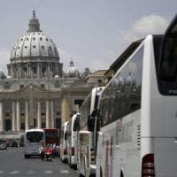 Roma, quasi 4 mila multe in tre mesi per i bus turistici nella ztl