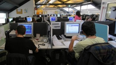 Fuga dalla capitale,  via tv e call center trema la farmaceutica. Dilaga il lavoro nero