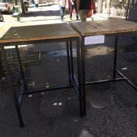 Roma, tavolini sulle buche: l'iniziativa del bar di Monteverde