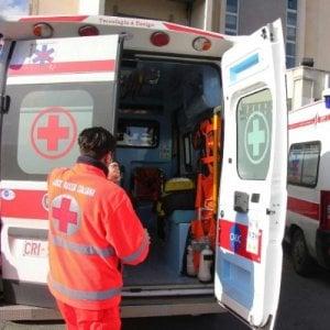 Roma, trasferita da un ospedale all'altro donna muore di infarto in ambulanza