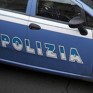 Roma, accoltella 53enne poi si nasconde a casa della madre: arrestato