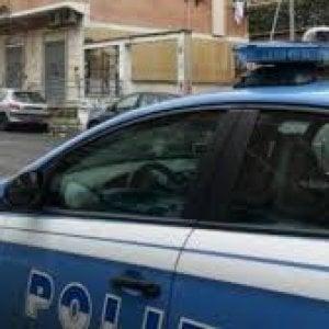 Roma, non si ferma all'alt e sperona macchina della polizia: inseguimento alla Borghesiana