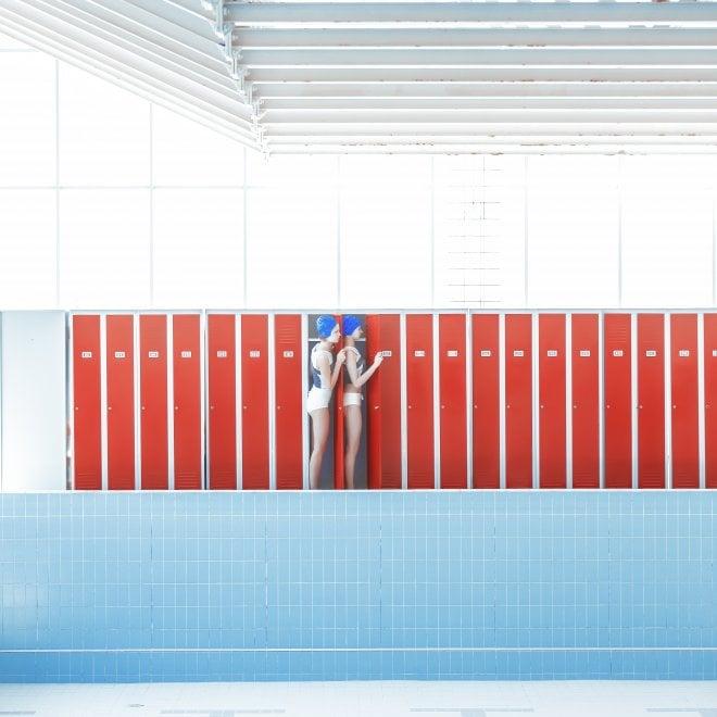 Swimmingpool, le piscine di Maria Svarbova in mostra a Roma