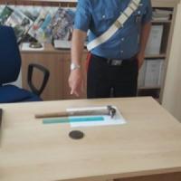 Sabaudia, prende a martellate il figlio durante litigio: arrestato