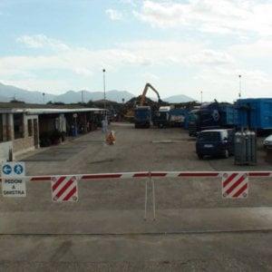 Cisterna di Latina, Far West in un centro rottami: spari e botte contro ladro. Cinque denunce