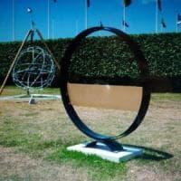 Ostia, rubata nel porto la scultura di Antonio Del Donno