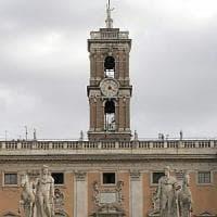 """Roma, Campidoglio, dopo Colomban pressing su Raggi: """"Ora in giunta solo"""