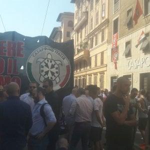 """Casapound scende in piazza, in migliaia a Roma contro lo 'ius soli'. """"Prima gli italiani"""""""